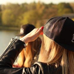 Snapback kšiltka v černé barvě
