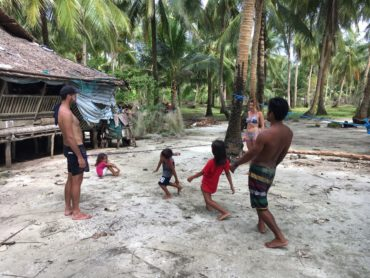 Pozdrav z Filipín a ohlasy na naši skákací gumu☺